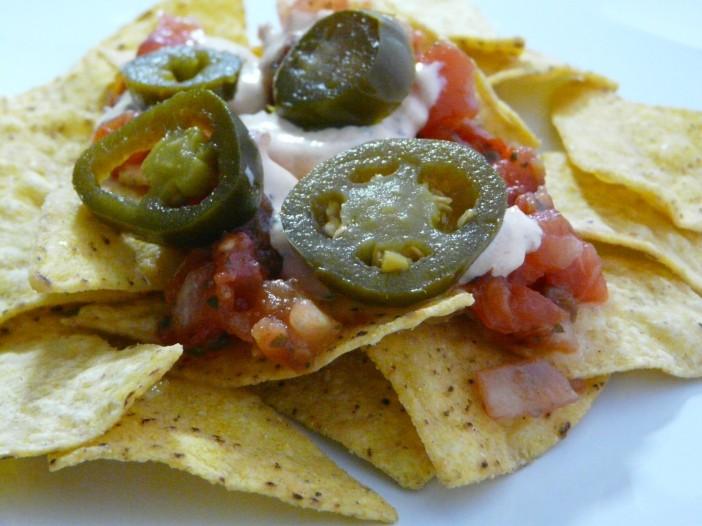 nachos-cheese-jalapeno-salsa
